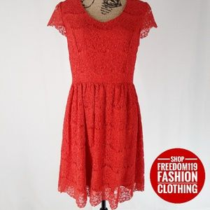 Kensie   Layered Lace Cap Sleeve Zip Dress (M)